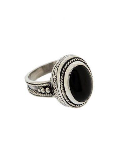 Δαχτυλίδι από Ασήμι 925 με Όνυχα μαύρο