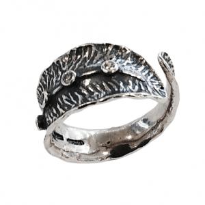 Χειροποίητο Ασημένιο Δαχτυλίδι σε Σχήμα Φύλλου με Ζιργκόν